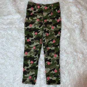 Garanimals Camo Floral Jeggings. Size 5T